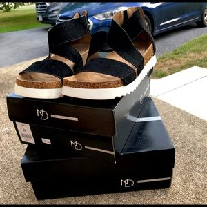 new directions black summer sandals